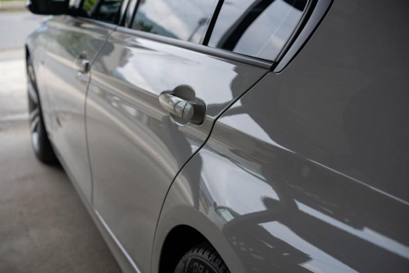 洗車のあとはガラスコーティングを。|方法は?施工費用は高い?